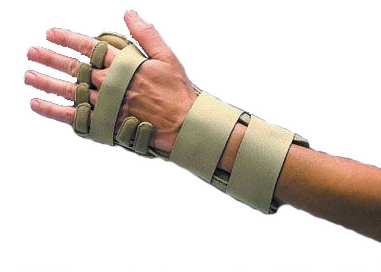 Splint allows each finger to be individually aligned.